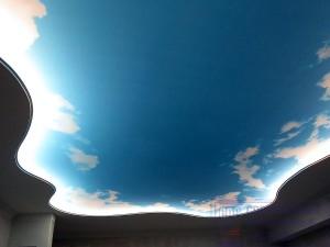 матовый полупрозрачный натяжной потолок